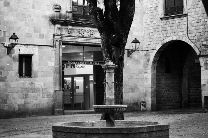 Plaça Sant Felip Neri7