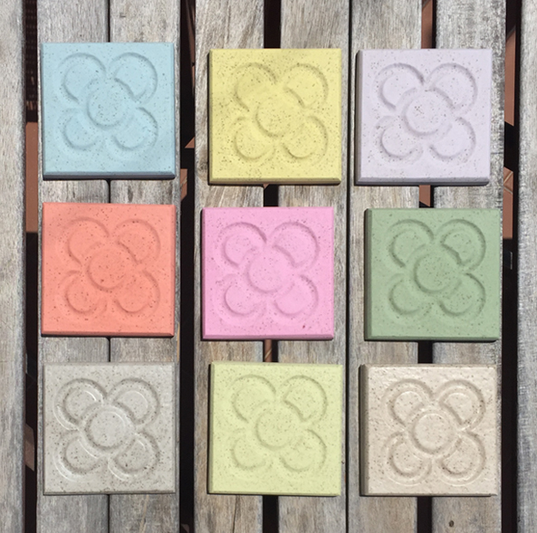 This image has an empty alt attribute; its file name is coasters-panot-colors.jpg