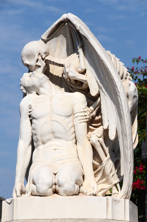 "Closer view of ""The Kiss of Death"" sculpture."