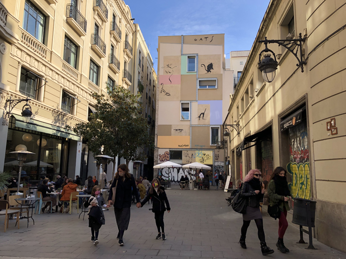 Photo of the Plaça dels Gats on a sunny day
