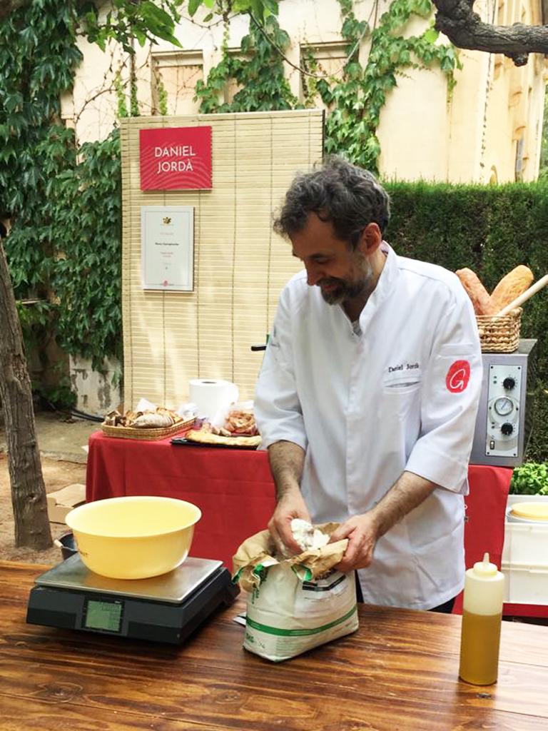 Daniel Jordà preparing to teach pizza dough workshop at 2021 OríGenes Gastronomic Festival